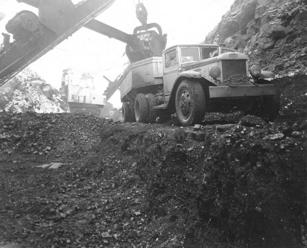 Surface mining in Apex, Ohio, photograph