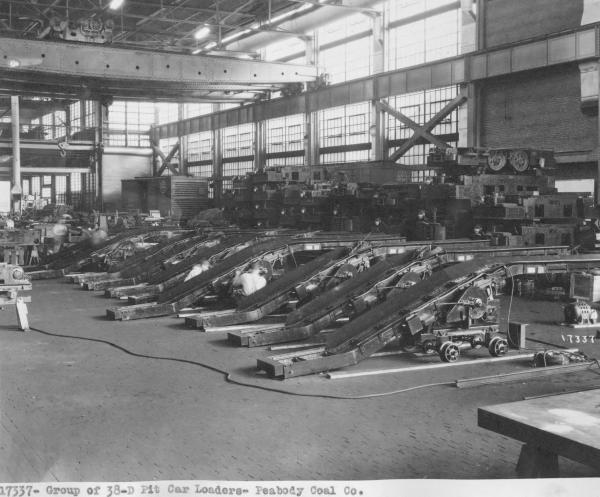 Jeffrey Manufacturing Company pit car loader photograph