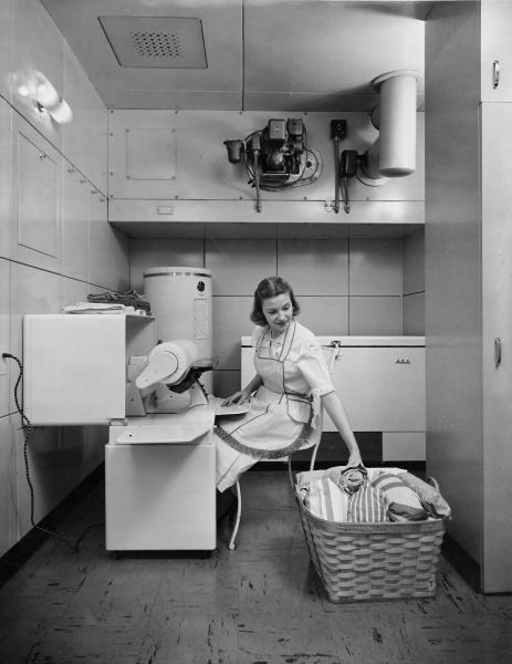 Lustron house utility room