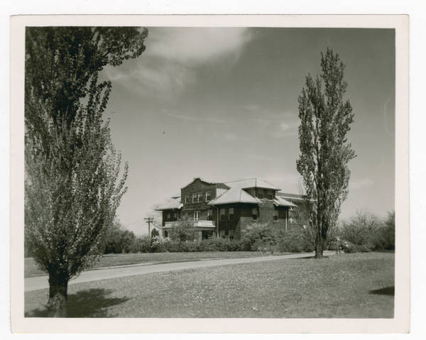 Middletown Hospital photograph