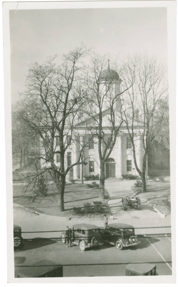Highland County Courthouse photograph