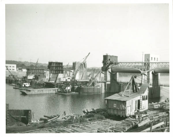 Roller dam under construction on the Ohio River photograph