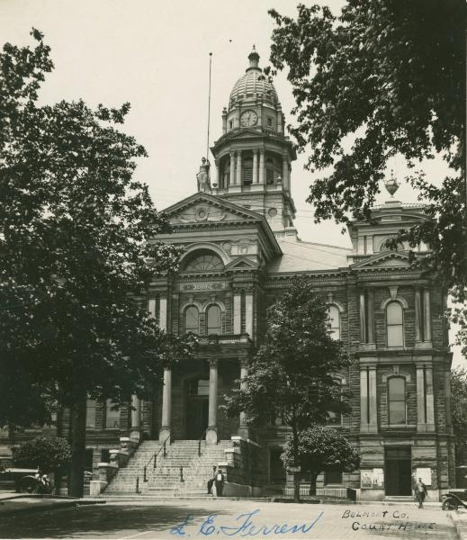 Belmont County courthouse photograph