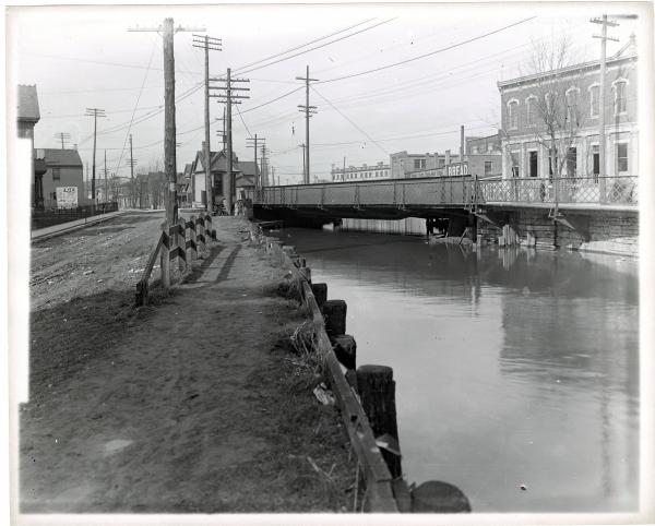 Miami and Erie canal in Dayton