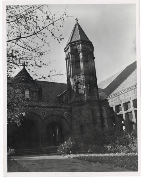 Warder Public Library photograph