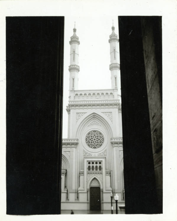 Plum Street Temple photograph