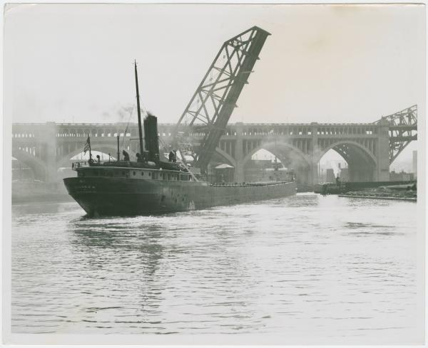 Pioneer of Wilmington freighter on Cuyahoga River