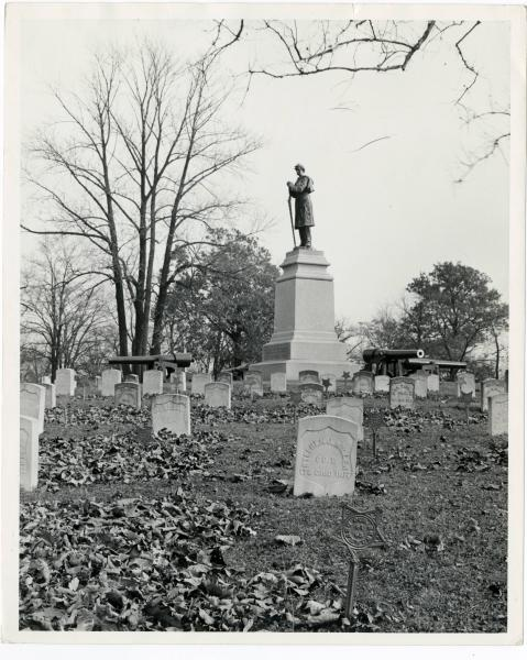 Union Soldiers Monument - Springfield