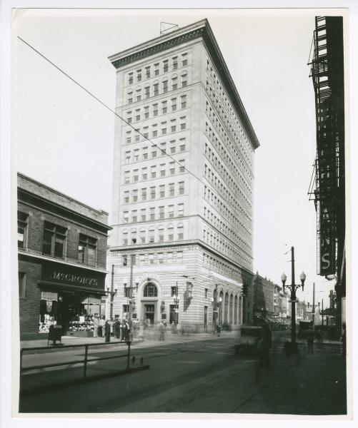 Steubenville - Market and North 4th Streets