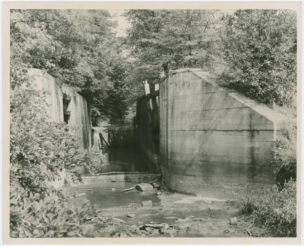Lock on the Ohio-Erie Canal in Tuscarawas County, Ohio